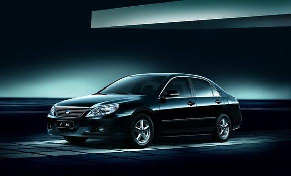 铁电池成熟商用——以铁电池为动力之一的双模混合电动汽车 高清图片