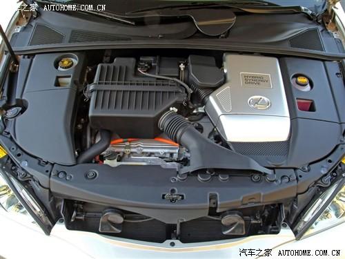 该车的油电混合动力系统包括3.3升的v6发动机、前电动机和高清图片