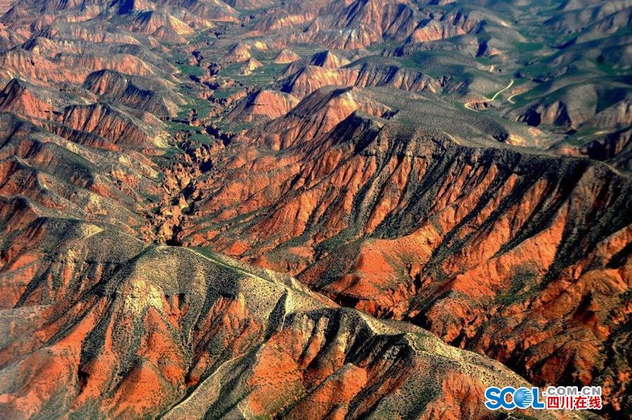 青藏高原中国最大,世界海拔最高的高原