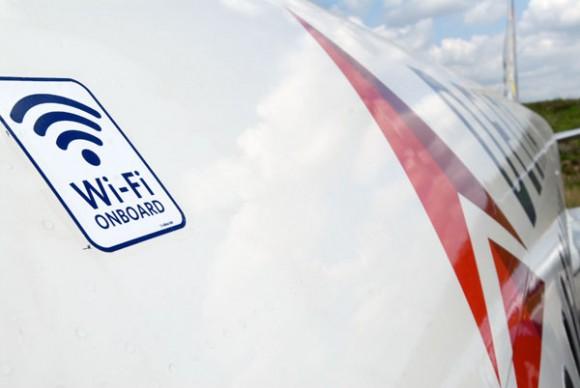 767,747,空客330和越洋波音757飞机加装空中wi-fi服务,时间是2013年年
