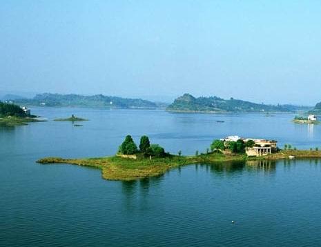 作为新兴旅游景区,重庆市南岸区广阳岛将建设成为一个有体育