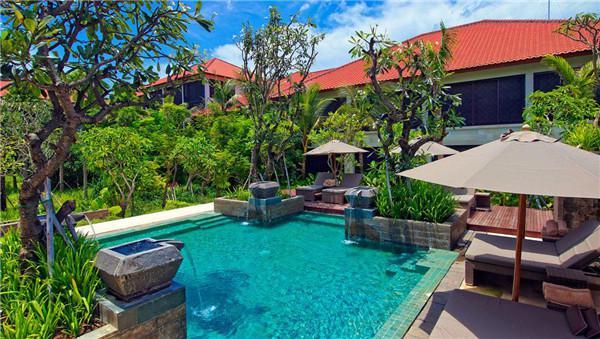 霸占一片海滩|东南亚海岛可以这么玩-旅游频道-雅安