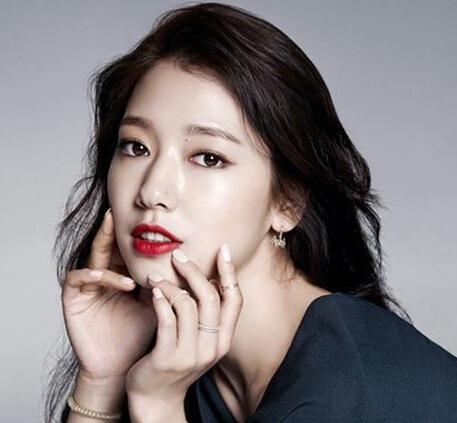 韩国女神教你打造质感红唇妆