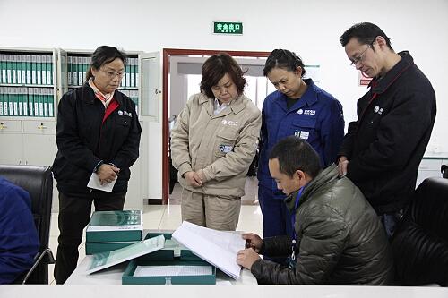雅电集团五星级班组创建工作接受四川省电力公司检查